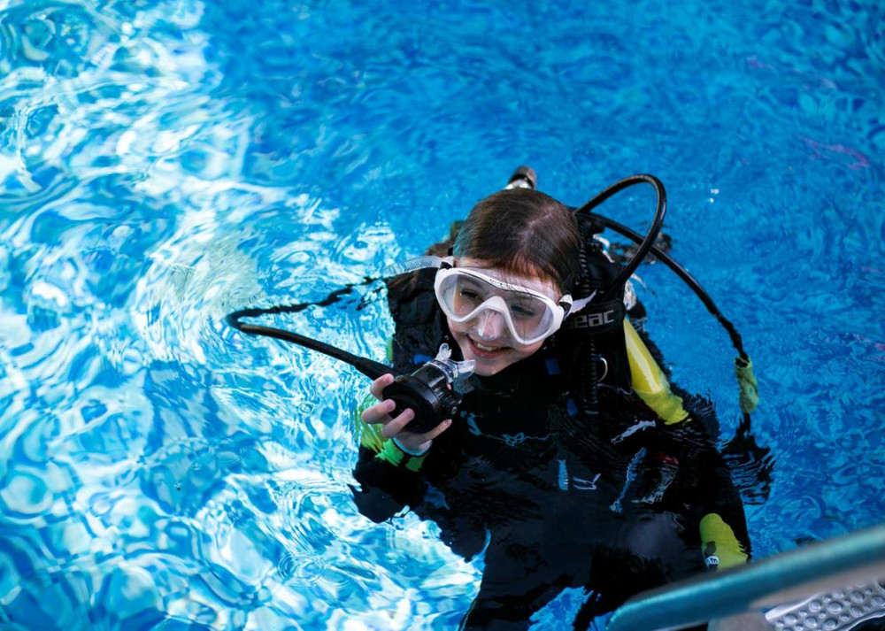 Dubai schoolgirl becomes one of the world's youngest certified scuba divers